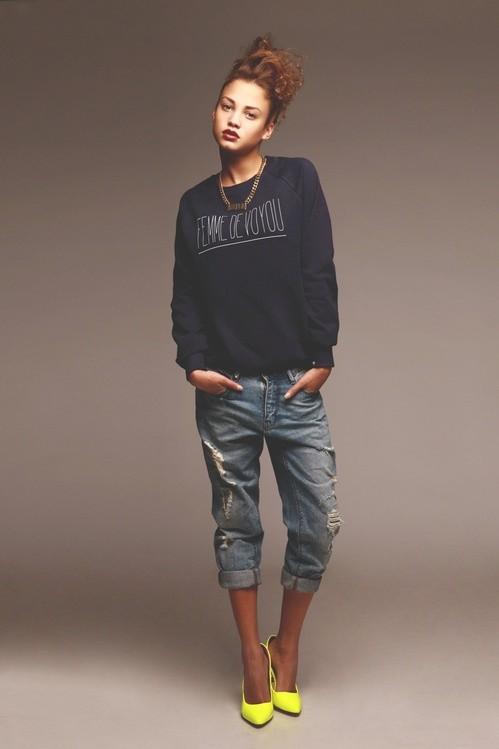 Black sweater + boyfriend jeans + neon yellow pumps