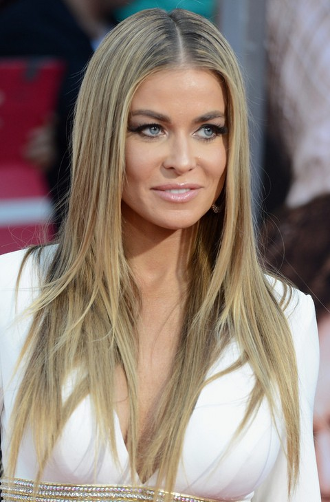 Carmen Electra Hairstyles: Center-parted Straight Hairstyle