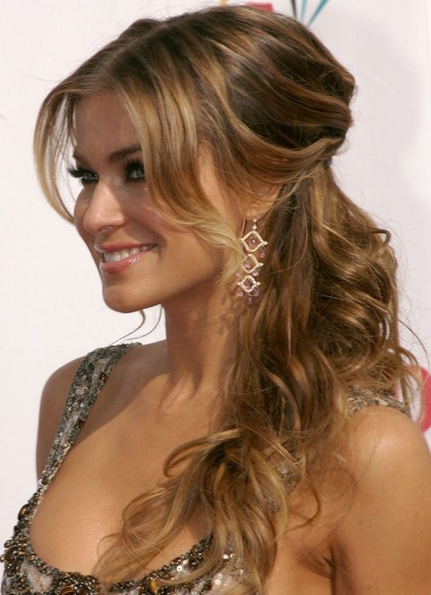 Carmen Electra Hairstyles: Curly Half-up Half-down | Pretty Designs