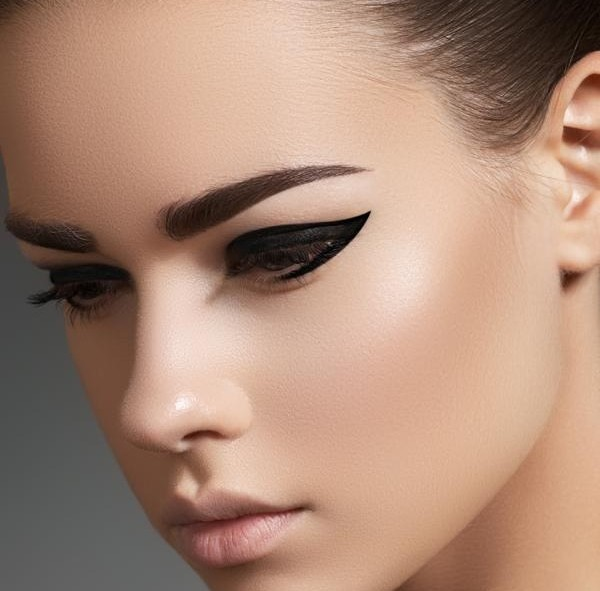 Flirting Cat Eye Makeup Tutorials