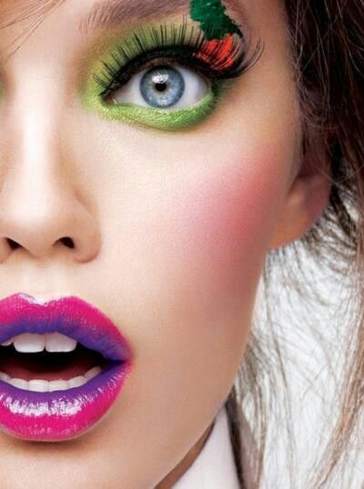 Creative Lips Makeup: Colorful Lips