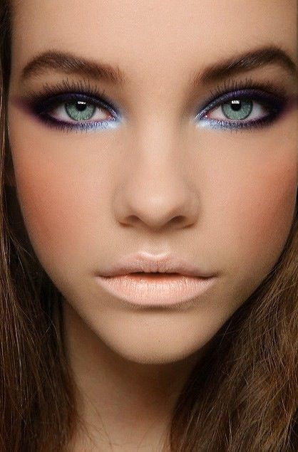 Creative Lips Makeup: Nude Lips