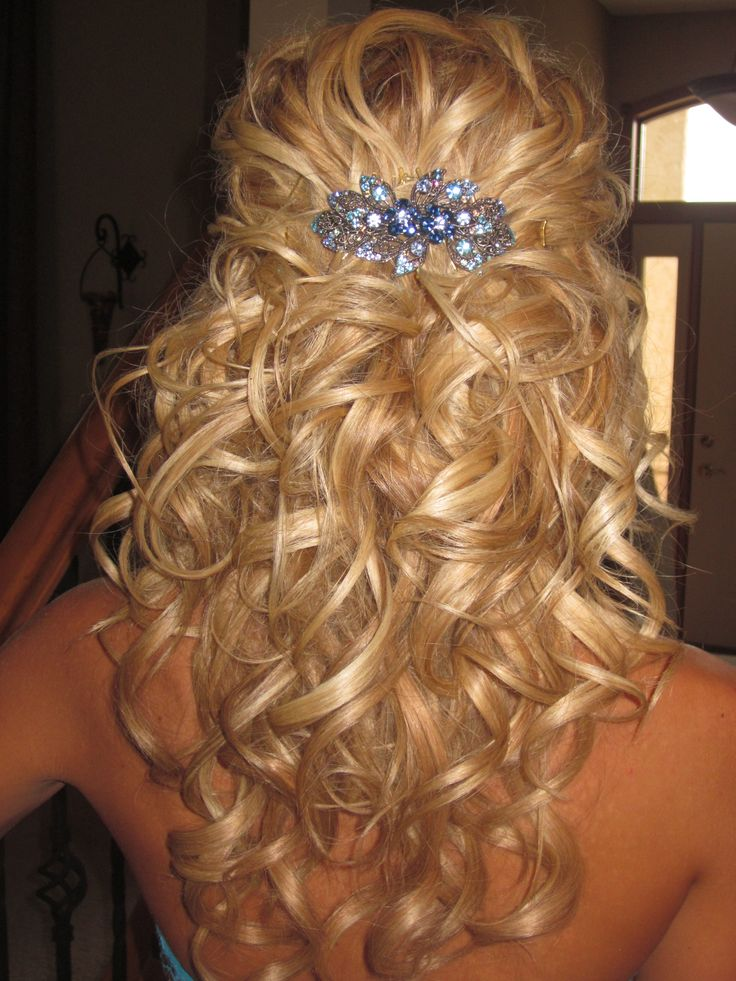 15 Hairstyles For Curly Hair Pretty Designs
