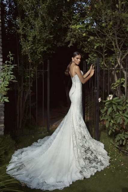 Unique Lace Wedding Dresses : Fabulous and unique wedding dresses by galia lahav s collection