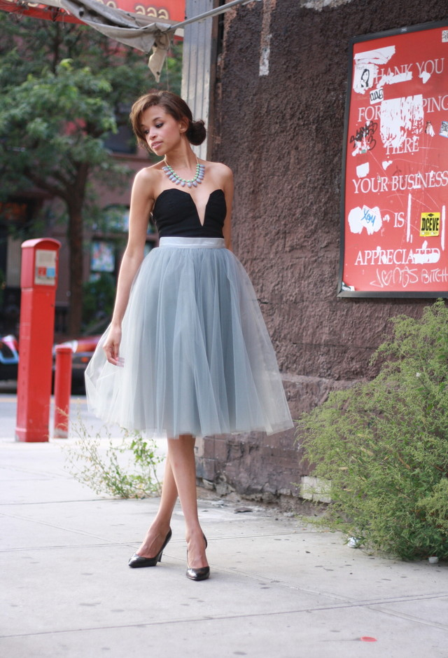 How to Wear the Tulle Skirts: An Evening Look