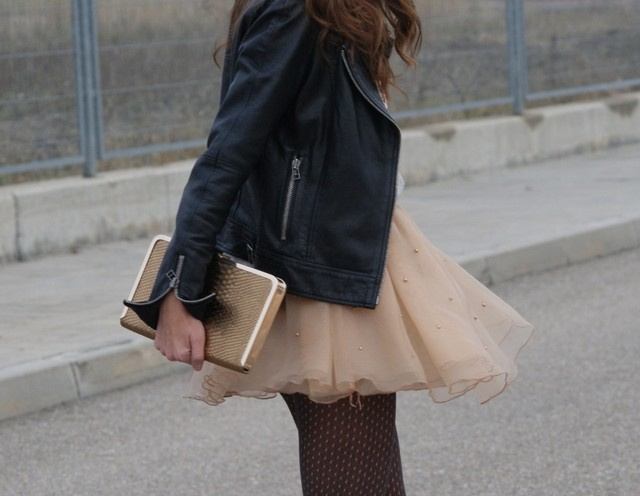 How to Wear the Tulle Skirts: Cool and Sexy Look