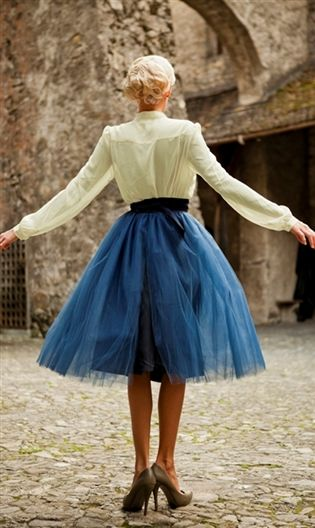 How to Wear the Tulle Skirts: Graceful Lady