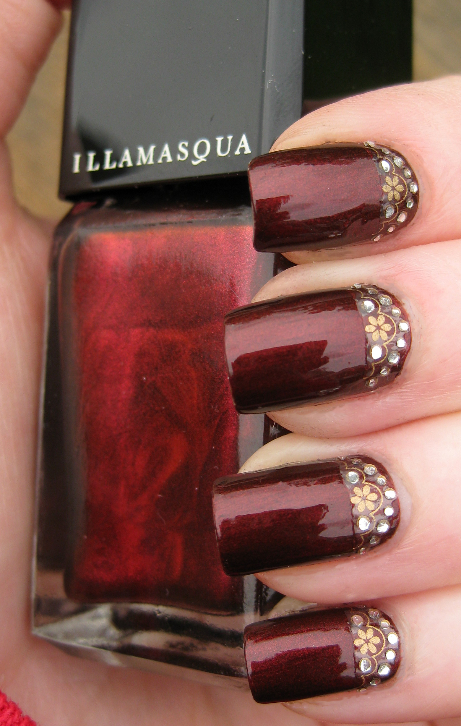 21 Charming Burgundy Nails - Pretty Designs