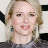 Naomi Watts Hairstyles: Messy Updo