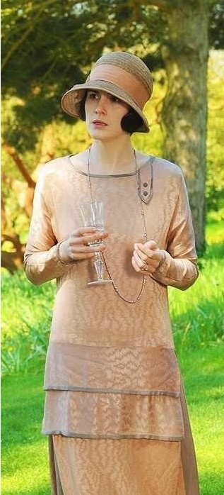 The Downton Abbey Season 3 Costume Inspiration Reveal for Women 2014, Lady Mary