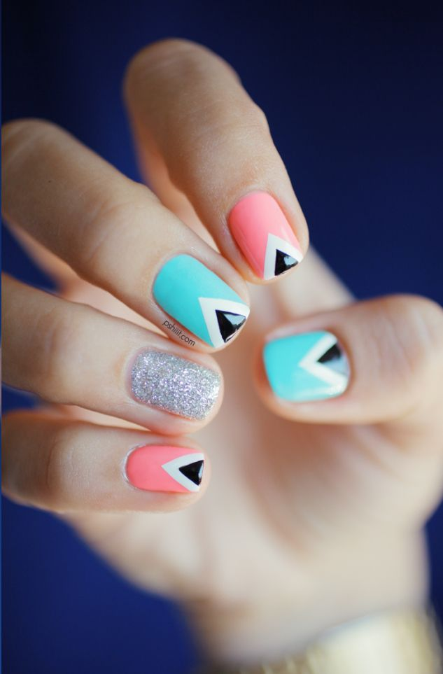 Triangle Nails