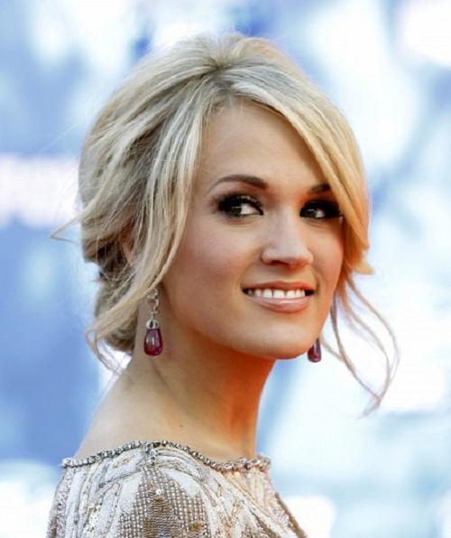 18 Trendy Hairstyles with Bangs for This Season - Pretty ...