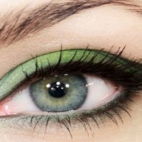 Best Eye Makeup Ideas for Green Eyes: Fresh Green
