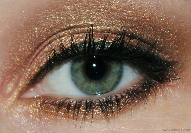 Best Eye Makeup Ideas for Green Eyes: Versatile Bronze