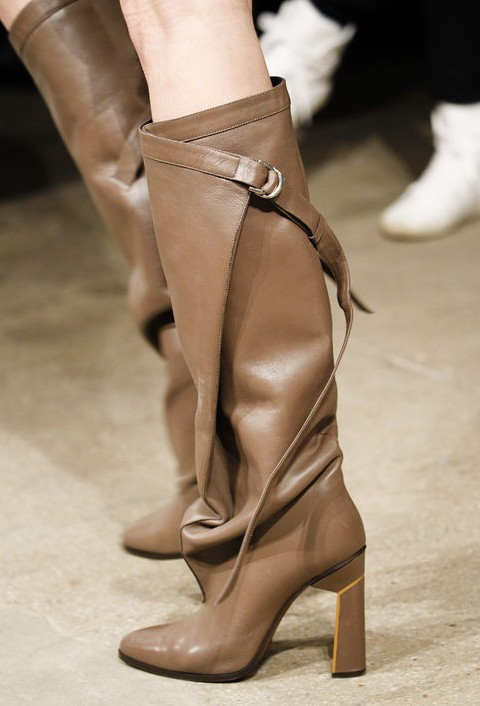 Derek Lam streamlined buckle-wrap detail and architectural heel