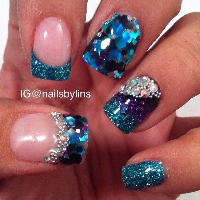 Glitters. Glitters via. Ocean - 15 Ocean Nail Arts - Pretty Designs
