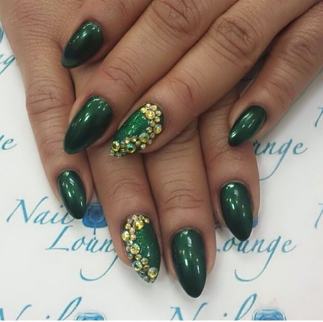 Green Pointy Nails