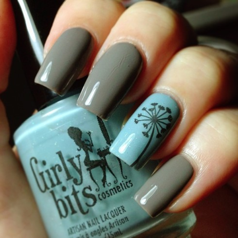 Grey and Blue Nails
