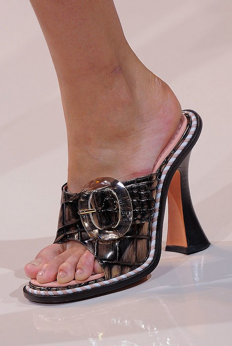 Mules - Rochas Spring 2014