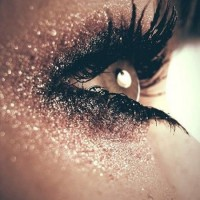 Shimmer Makeup Ideas: Glitter Eyes