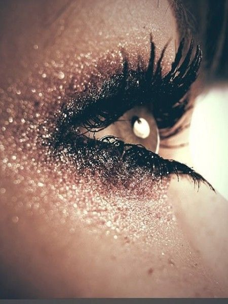 hottest makeup trends 20 shimmer makeup tutorials amp ideas