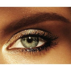 Shimmer Makeup Ideas: Golden Shadow for Green Eyes