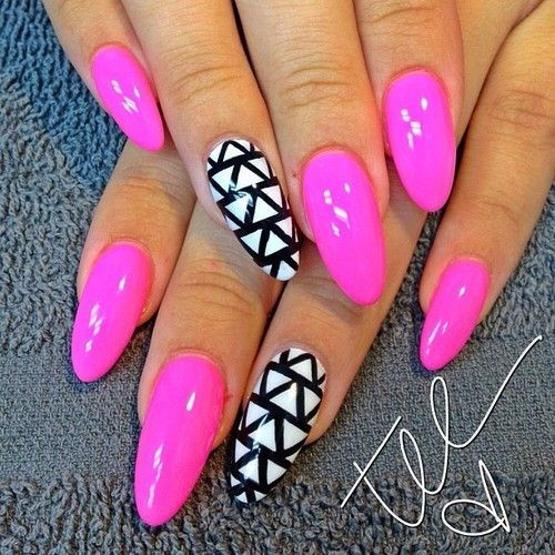 Simple Print Pointy Nails