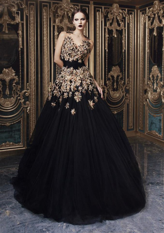 Fashion in baroque style pretty designs for The history of haute couture