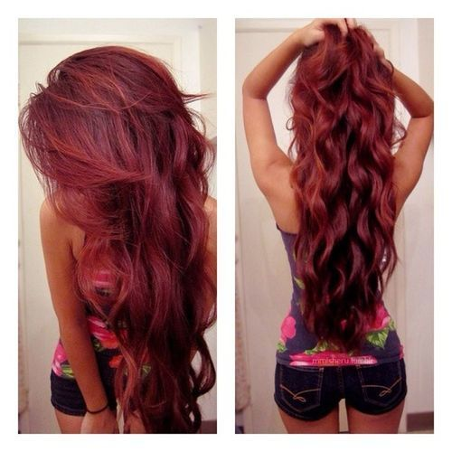 Best Hairstyles for Red Hair: Voluminous Curls