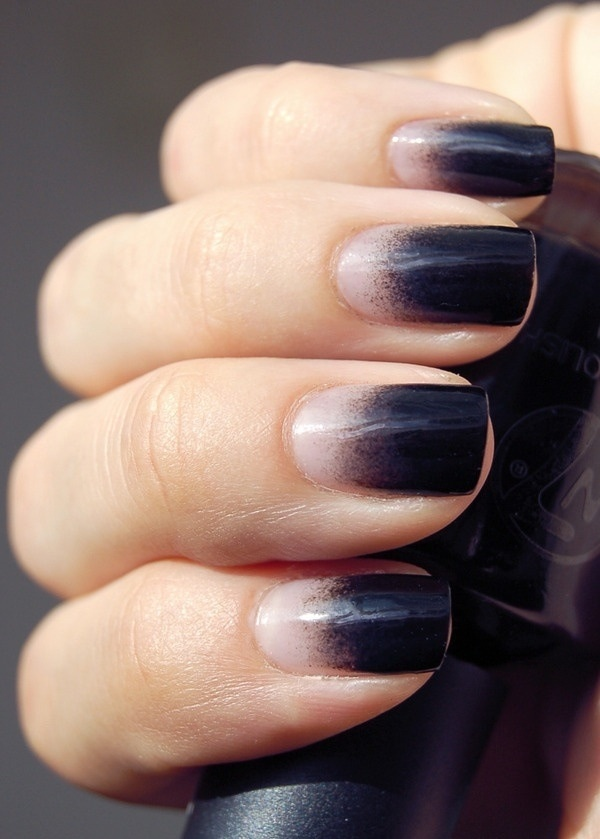Black Ombre Nails