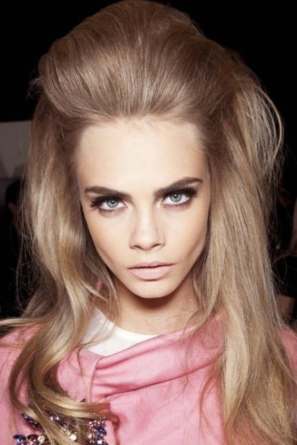Glamorous Retro 60′s Hairstyles for Women