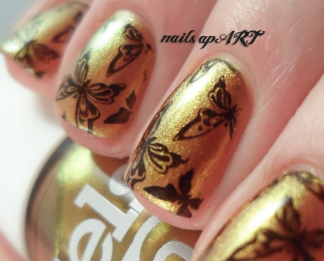 Golden Butterfly Nails