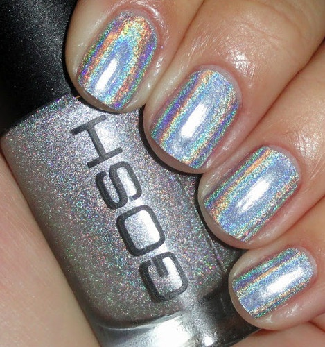 20 Shiny Metallic Nail Designs For Girls To Shine Pretty