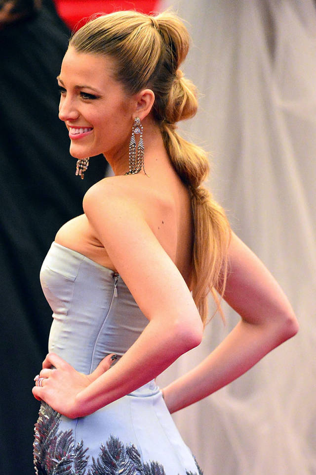 Hit the Trend with Ponytails: Departed Ponytail