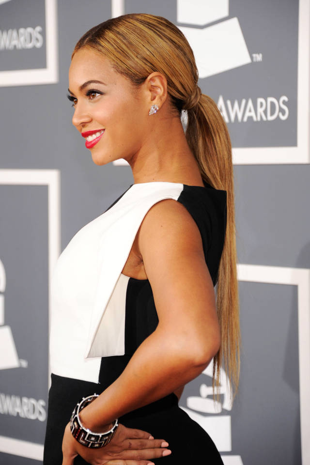 Hit the Trend with Ponytails Sleek Ponytail