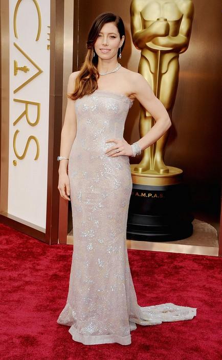 Jessica Biel at the 2014 Oscars