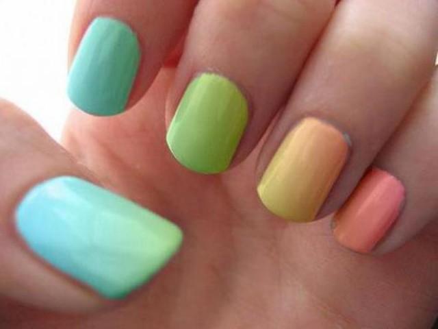 Metallic Color Nails