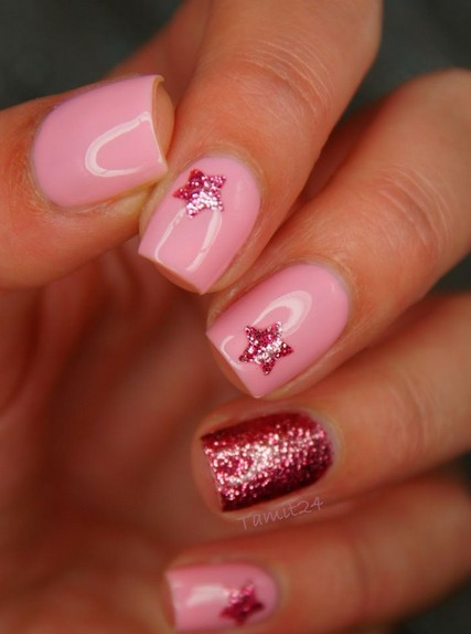 21 star nail designs for every woman pretty designs red and pink nails prinsesfo Choice Image