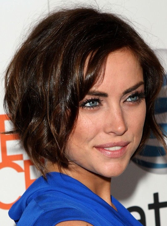 Short Hair with Subtle Waves