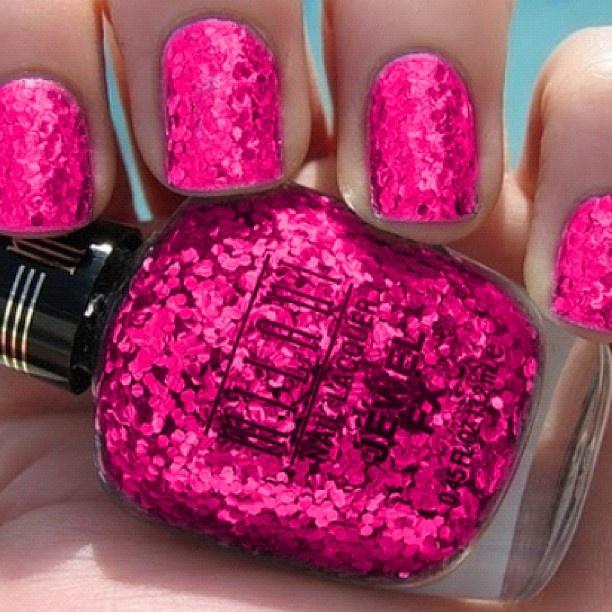Sparkling Pink Nails