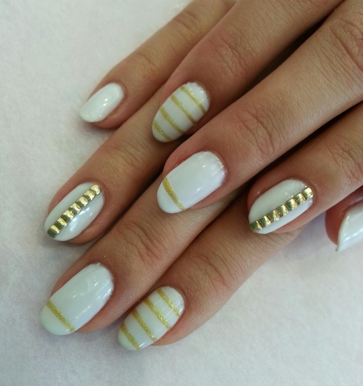 Strap Nails