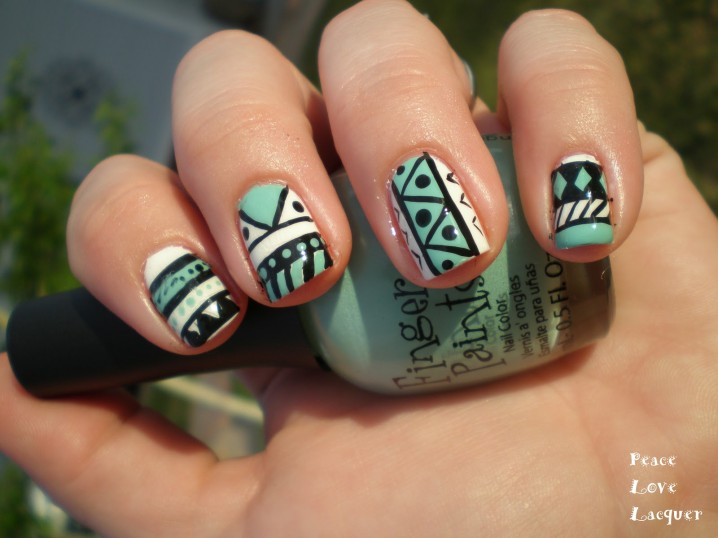 Stylish Mint Nails
