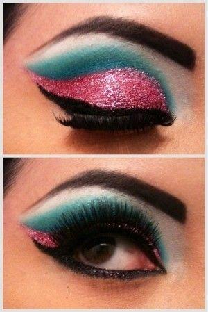 Peachy Glitter Eye Makeup Idea