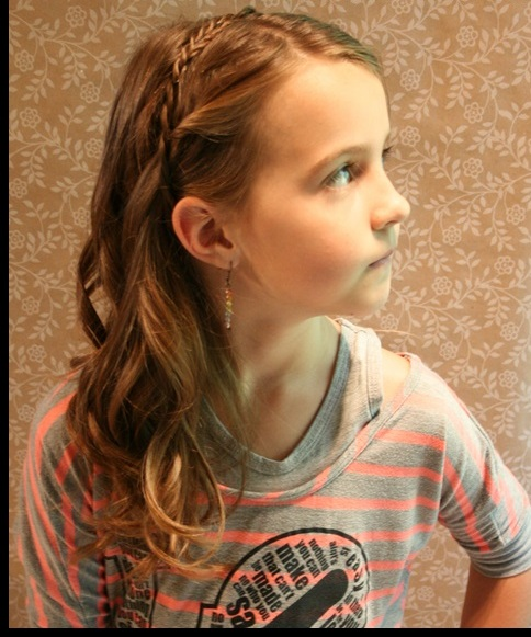 Miraculous 25 Cute Hairstyles With Tutorials For Your Daughter Pretty Designs Hairstyles For Women Draintrainus