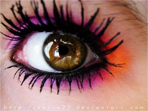 Orange Eye Makeup Ideas: Rosy and Orange with Bold Lashes