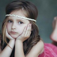 Headband Hairstyle for Your Daughter