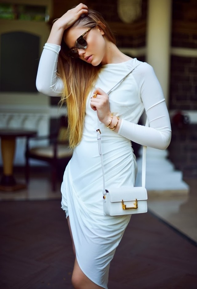 All White Combination Ideas for Stylish Spring Looks: One-Piece Dress