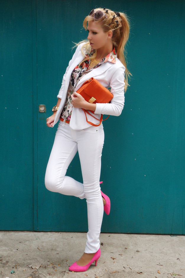 All White Combination Ideas for Stylish Spring Looks: Pastel and Floral