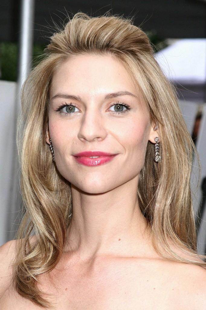 Ash Blonde Half-up Half-down Hairstyle