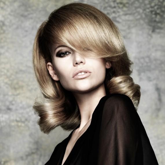 Ash Blonde Vintage Curls